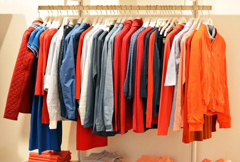 Style vestimentaire et budget : quelques astuces !