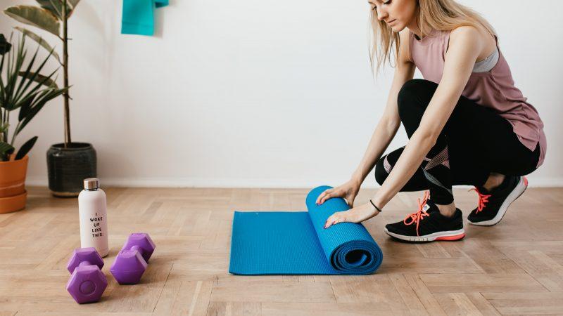 Faire du sport chez soi : Quelle routine pour s'entrainer à la maison ?